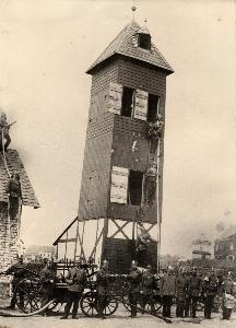 Steigerturm, errichtet auf dem Alten Kirchplatz im Jahr 1905