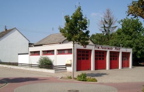 Feuerwehrgerätehaus im Jahr 2009